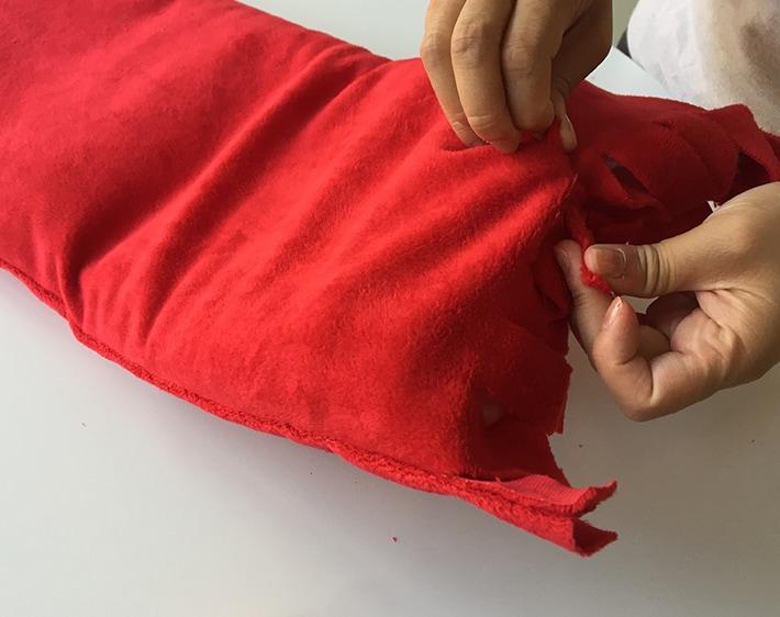Road trip seat belt pillow - step 6