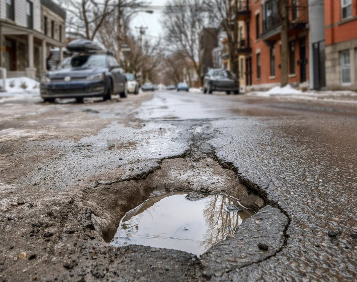 The Most Obvious Signs Your Car Has Pothole Damage