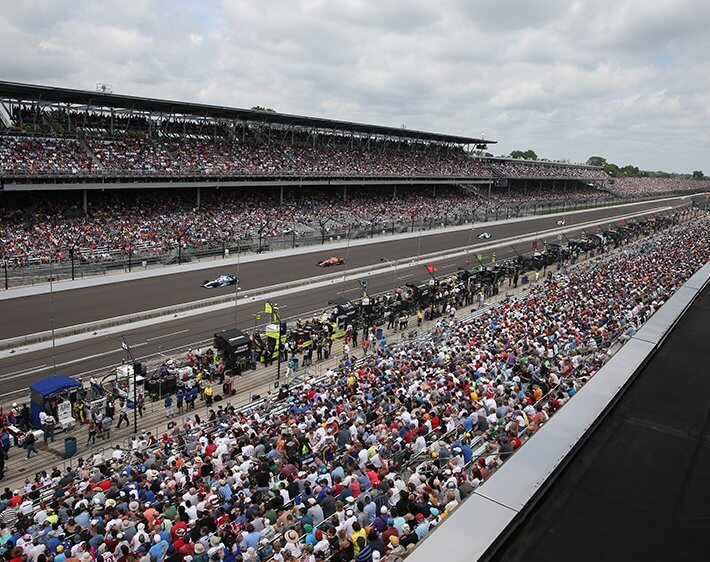 Crowd at Indy Speedway track