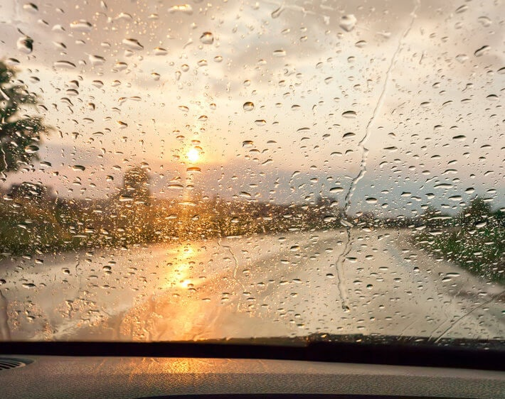 It's Raining Safety Tips! 10 Hacks for Driving in the Rain