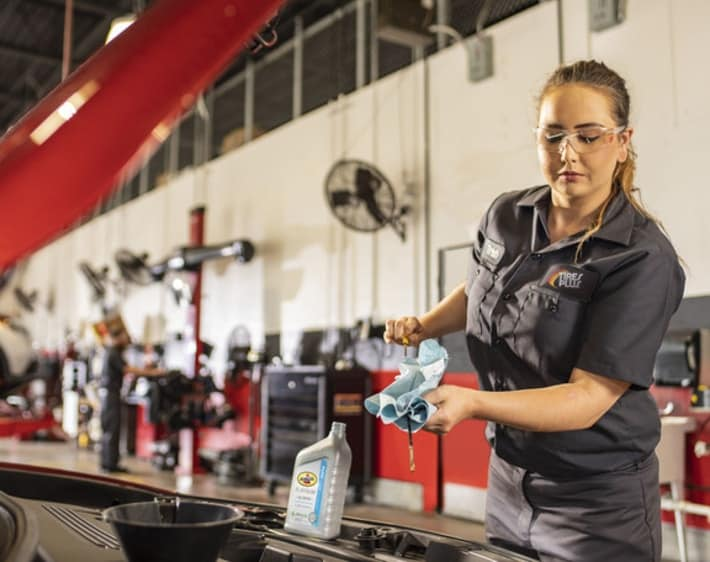 Should You Get an Oil Change? 6 Signs You Need One Now